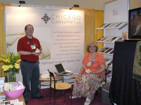 Beau Surratt staffs the Chicago Consultation booth with Beth Taylor of the Diocese of Colorado.