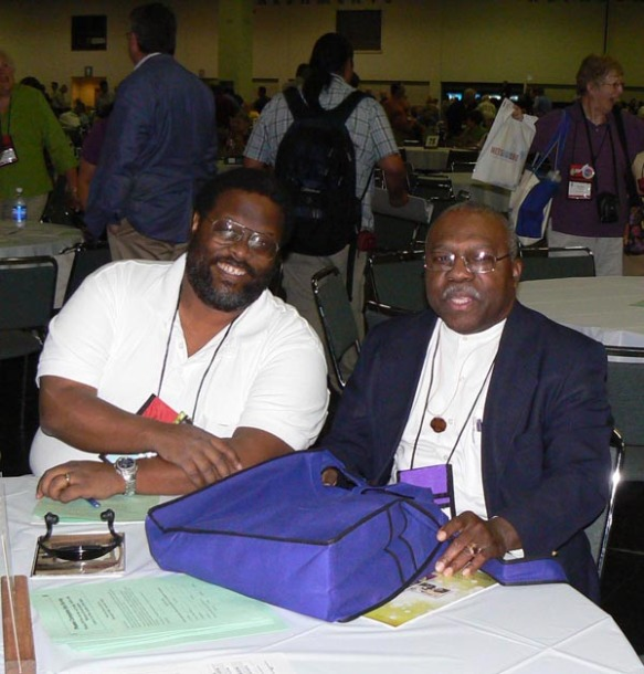 Richard Peete, lay alternate, sits with Assistant Bishop Victor Scantlebury prior to the opening addresses by the presiding bishop and the president of the House of Deputies.